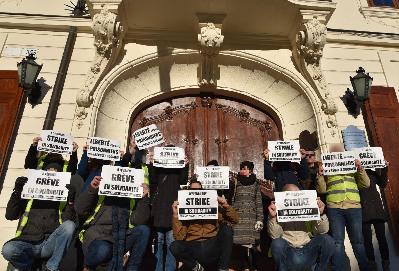 PA_Bratislava_Protest_Vests_1
