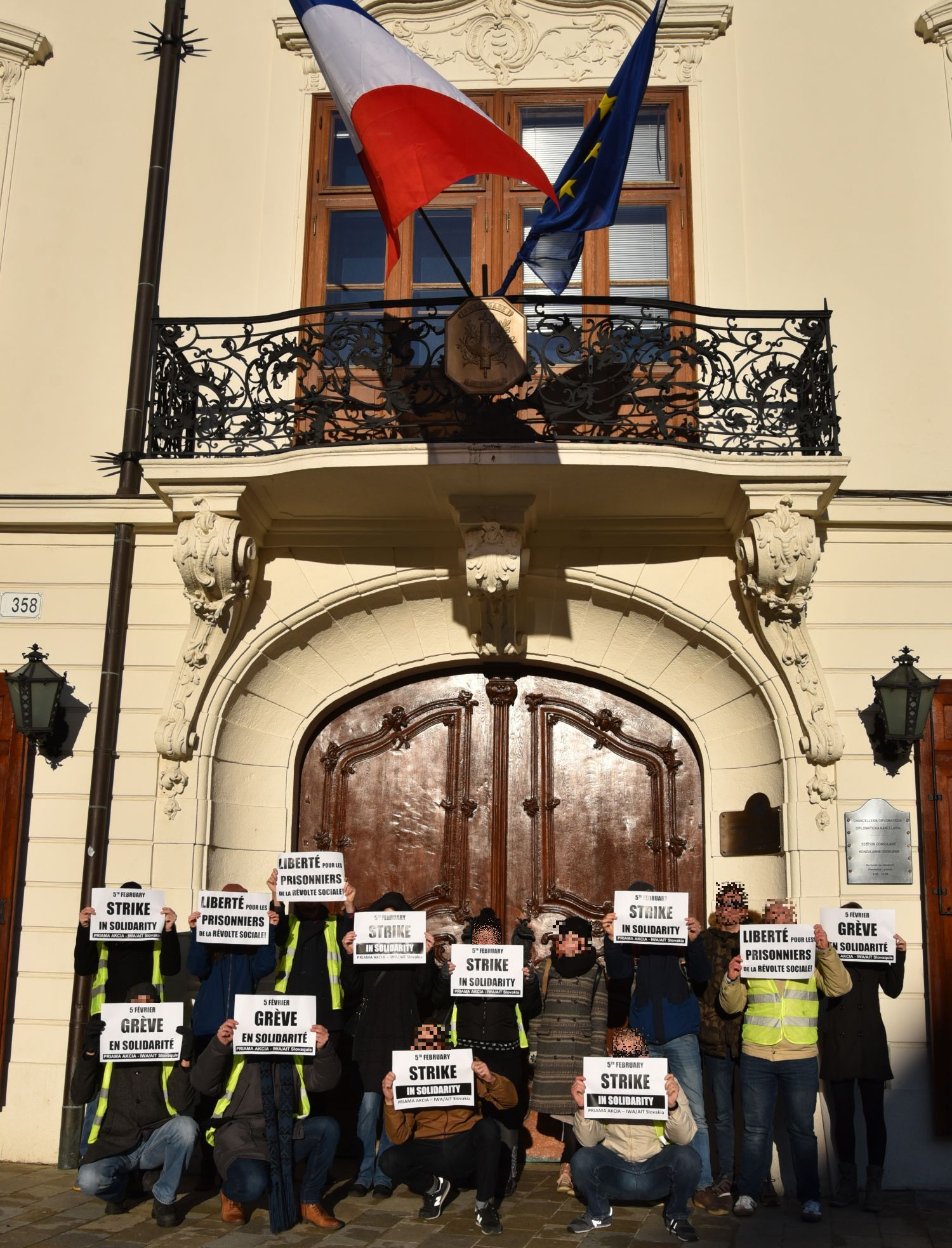 PA_Bratislava_Protest_Vests_2